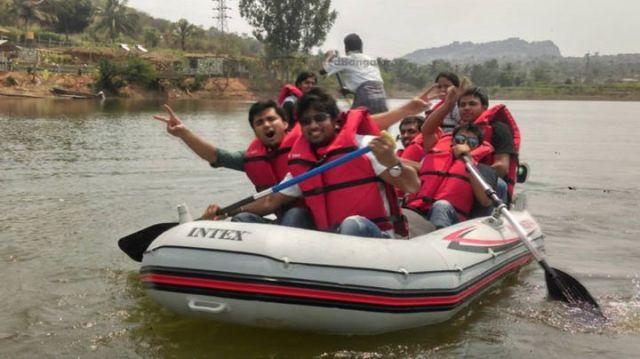 kayaking in kanakpura