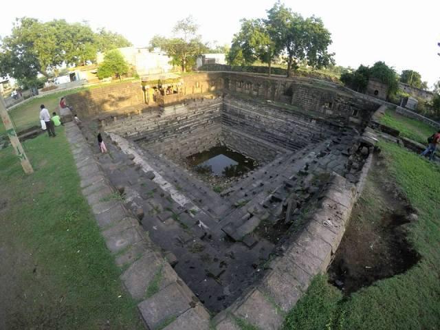 temples-at-lonar