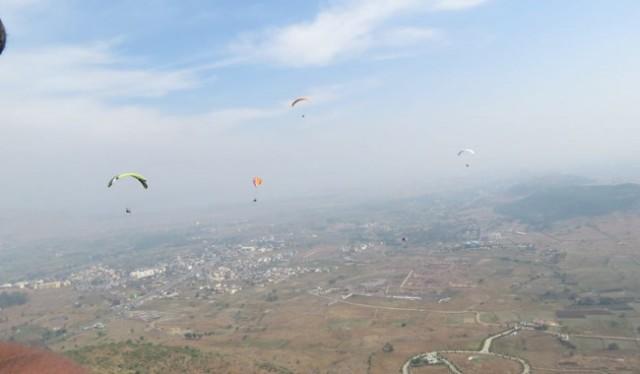 adventure 1 Day Paragliding Tour in Kamshet near Pune
