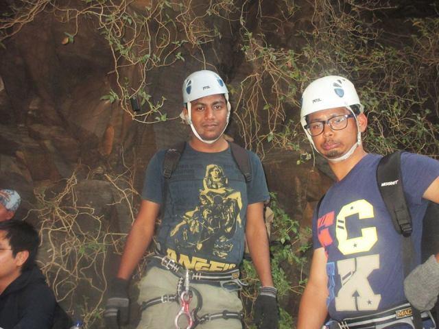 sandhan valley trek Rappelling