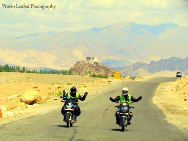 leh-ladakh-biking