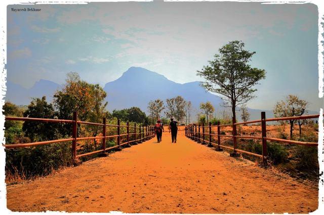 sandhan valley trek india
