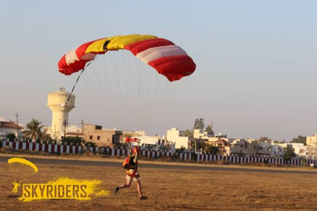 skydiving in india 1
