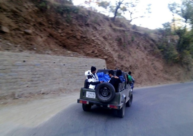 trekking to Prashar Lake 5