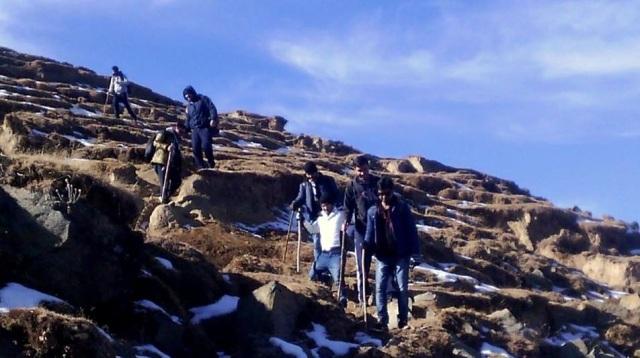 trekking to Prashar Lake 7