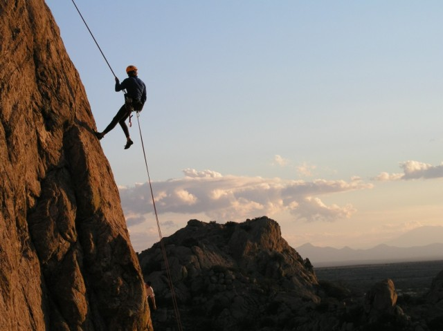 One Day 300 Ft Rappelling At Duke Nose