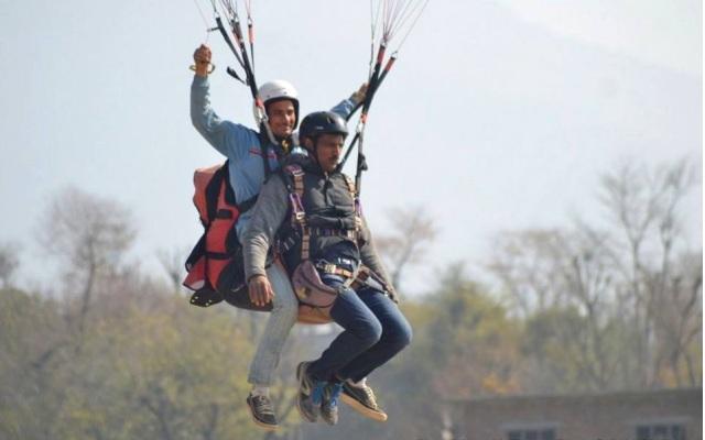paragliding in bir billing 1