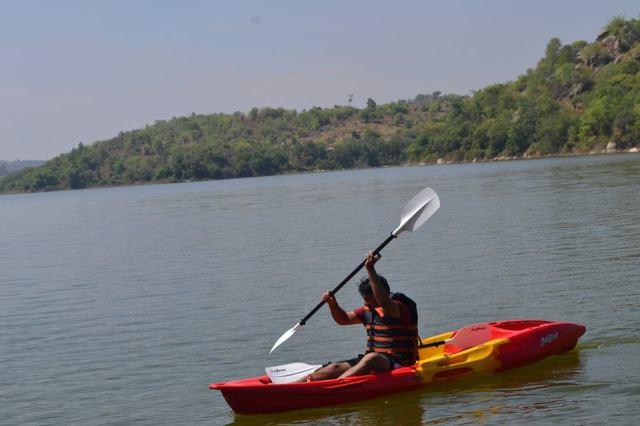 kayaking manchinbele dam trip 12