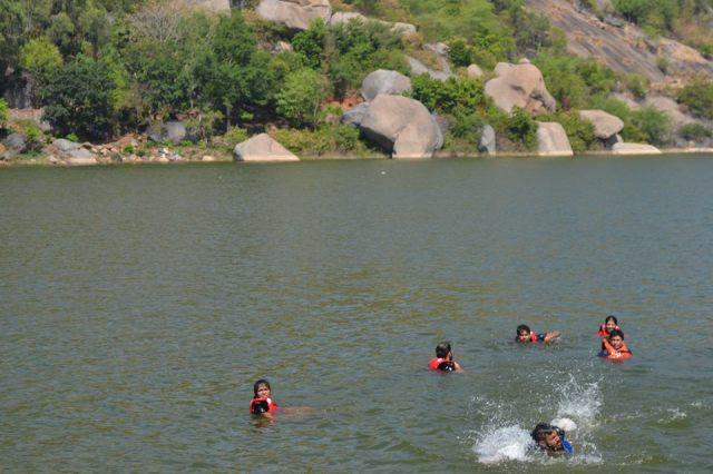 kayaking manchinbele dam trip 9