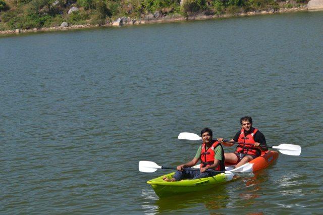 kayaking manchinbele dam trip