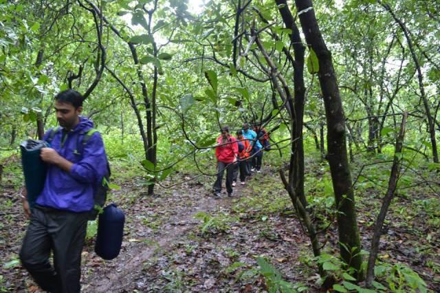 dudhsagar falls trekking 2