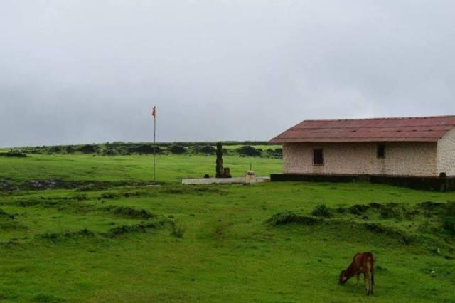 koraidevi-temple-at-korigad-fort