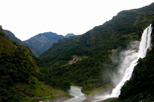 bap-teng-kang-waterfall