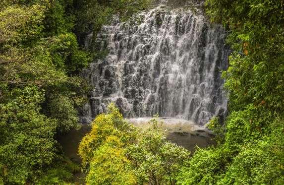 elephant-falls-khasi-hills-near-shillong-meghalaya