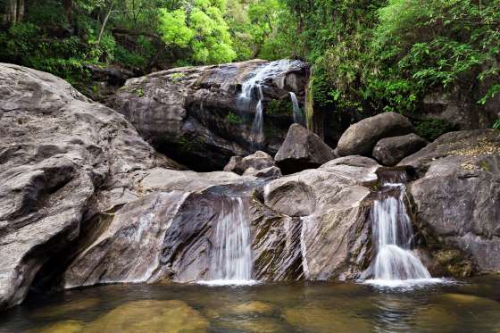 lukkam-waterfalls-munnar-kerala