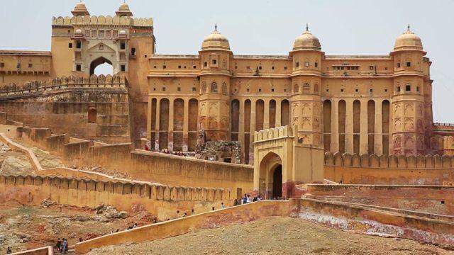 Temples Havelis walking Tour Jaipur